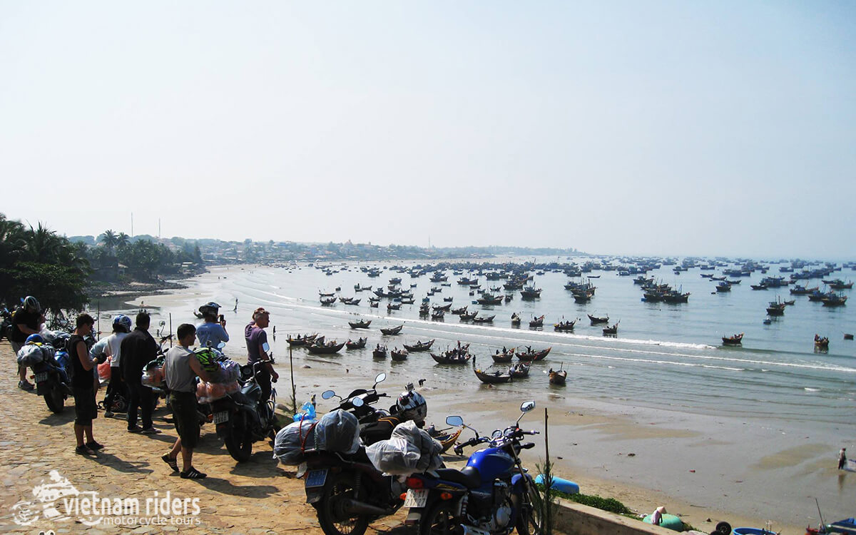 DAY 9: MUI NE TO LONG HAI (170 KM - 5 HOURS RIDING)