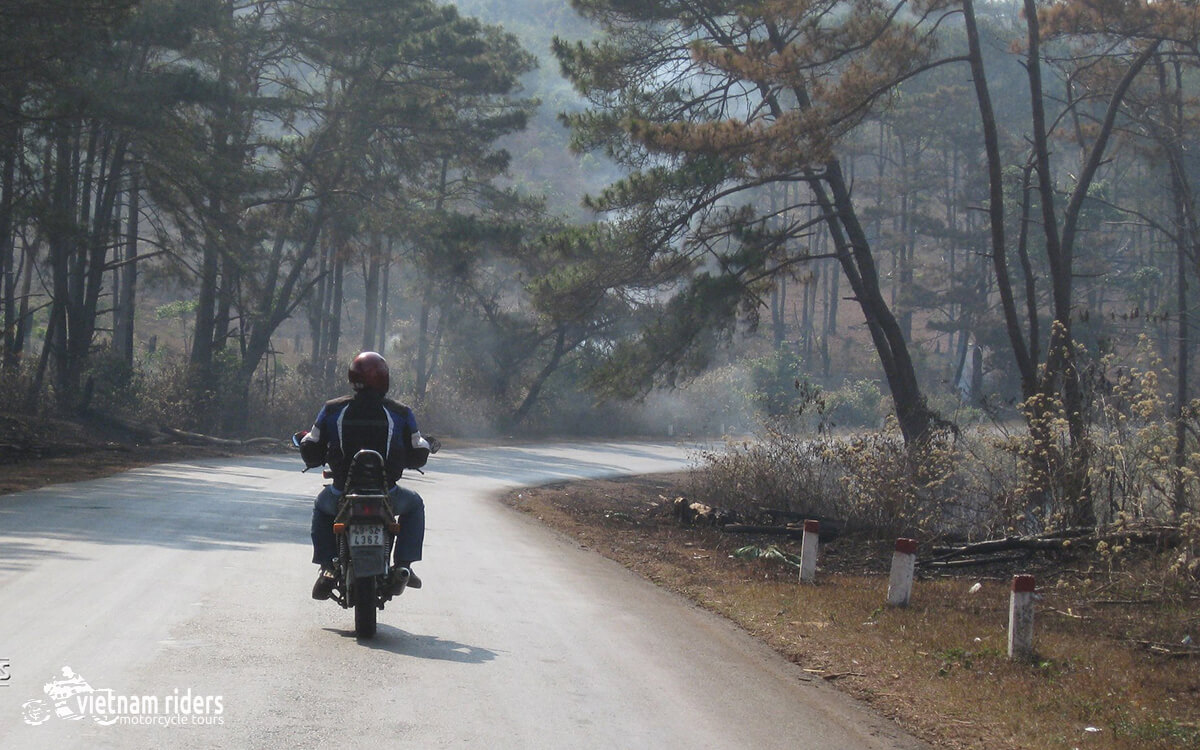 DAY 5: KON TUM TO KHAM DUC (160 KM – 6 HOURS RIDING)