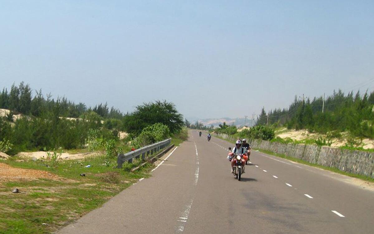 DAY 2: LONG HAI TO MUI NE (150 KM – 4 HOURS RIDING)