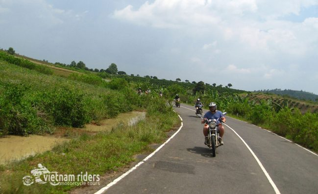 Discover Vietnam's Best Motorcycle Routes!