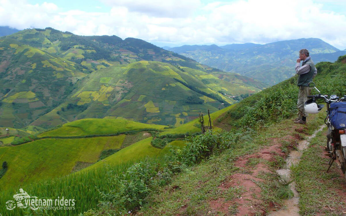 DAY 6: BAC HA TO HA GIANG (190 KM – 6 HOURS RIDING)