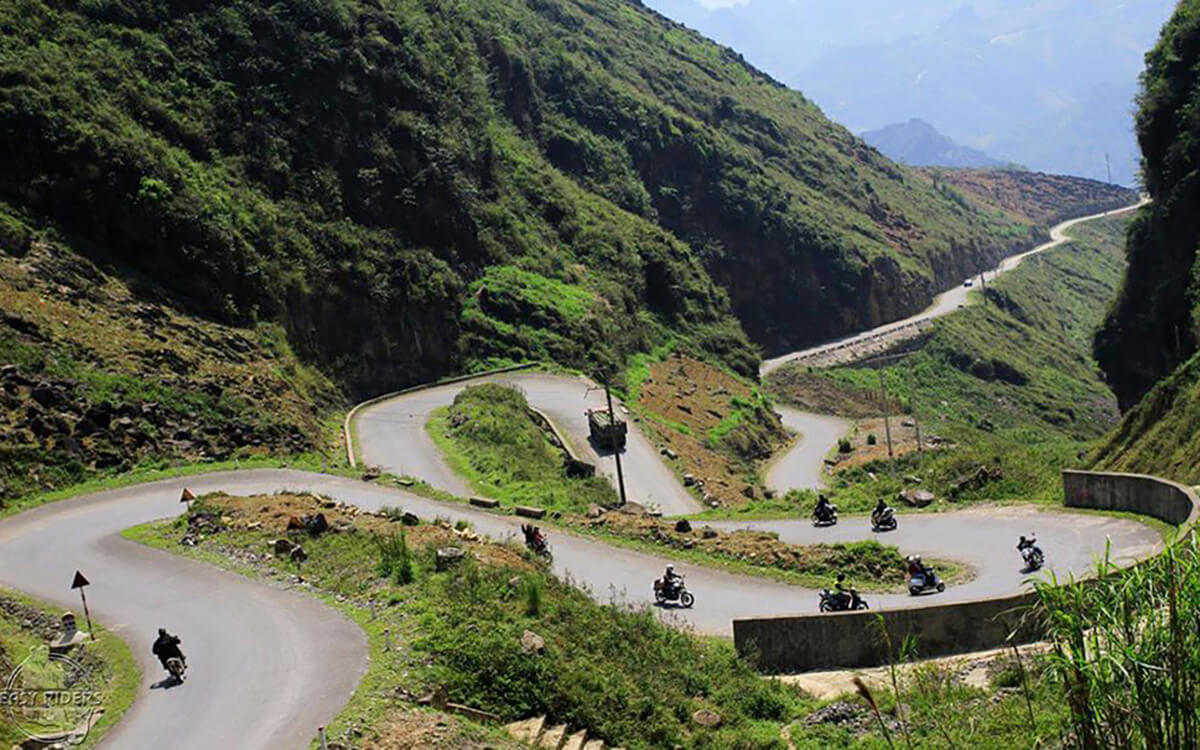 DAY 7: HA GIANG TO MEO VAC:(170 KM - 5 HOURS RIDING)