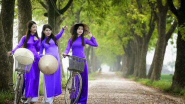 Vietnamese girls in their traditional Ao Dai